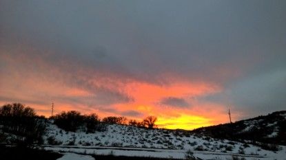 beautiful utah sunset out on a hike